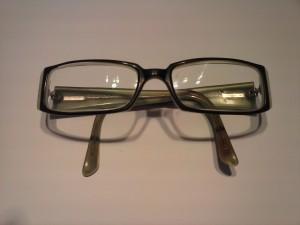 Gafas de pasta arregladas
